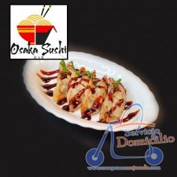 Entrantes Osaka Sushi Bar Gyozas Pato (4 und)  4 unidades fritas con salsa anguila y cebollino.