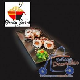 Rolls Osaka Sushi Bar Philadelphia roll  Con salmón, queso crema, sésamo mix y salsa anguila.